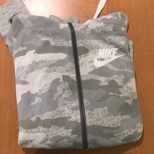 Nike grey camo zip up! Great condition.